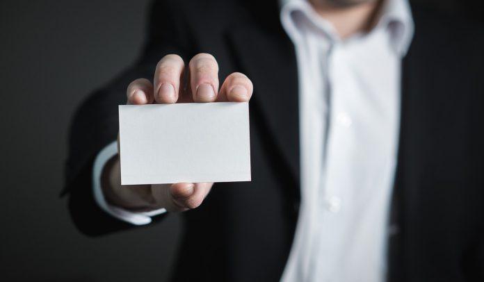 עיצוב והדפסת כרטיסי ביקור מיוחדים