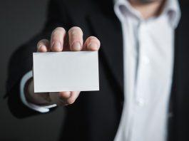 איך לעצב כרטיס ביקור אונליין