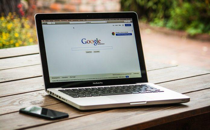 כיצד תוכל לבדוק אם גוגל ביצעה סריקה ידנית על האתר שלך?